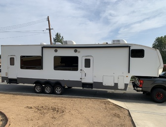 Trailer/Motorcoach-176567