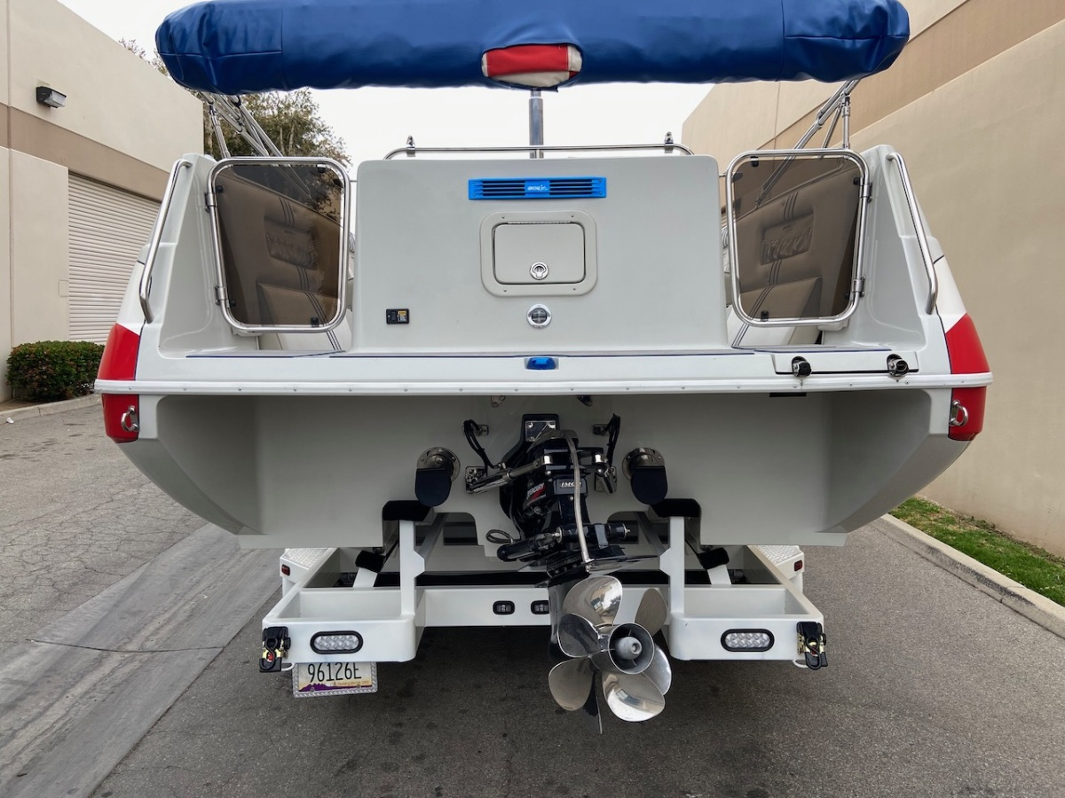 For Sale: 2003 Advantage 28 Party Cat XL Deck Boat Performance HO 496 Magnum Bravo 3 Drive Imco Dual Ram Hydraulic Steering  - photo9