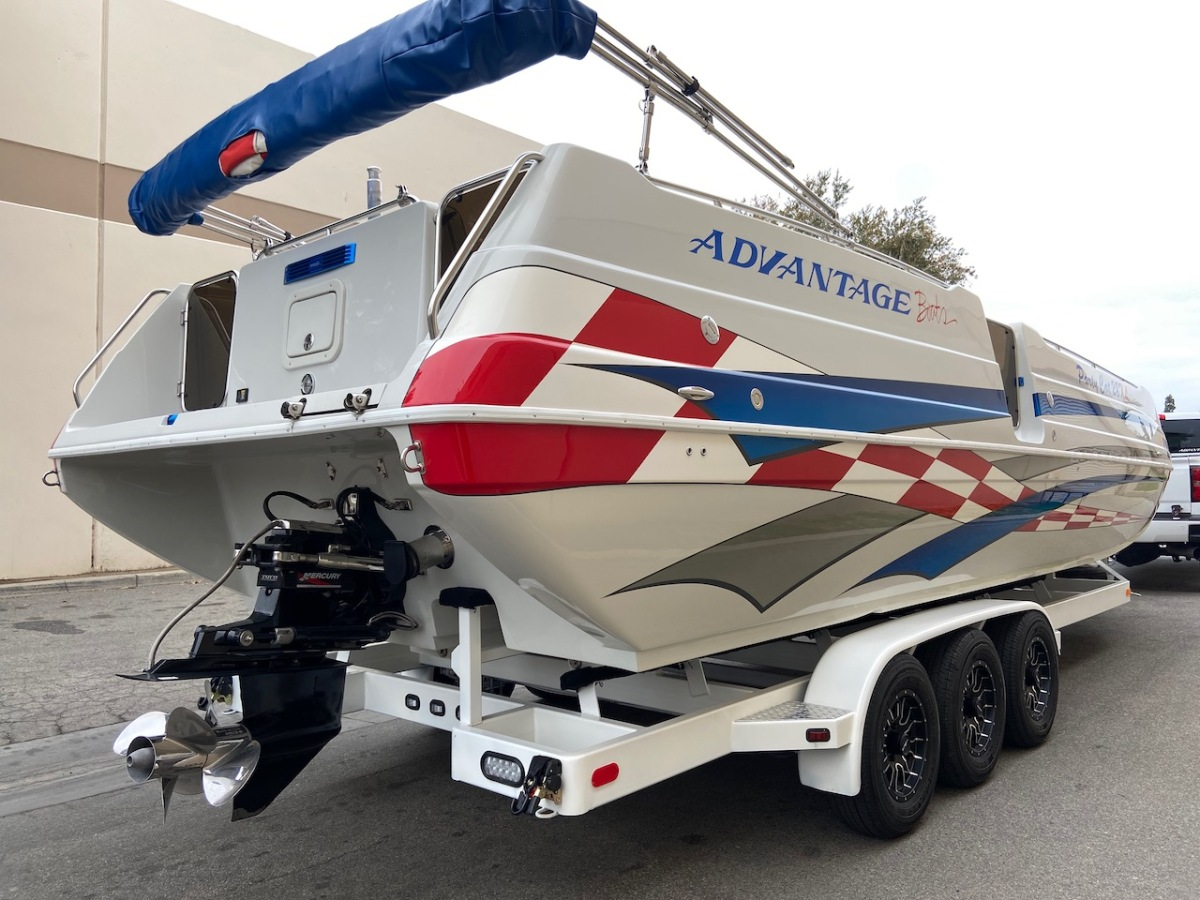For Sale: 2003 Advantage 28 Party Cat XL Deck Boat Performance HO 496 Magnum Bravo 3 Drive Imco Dual Ram Hydraulic Steering  - photo4