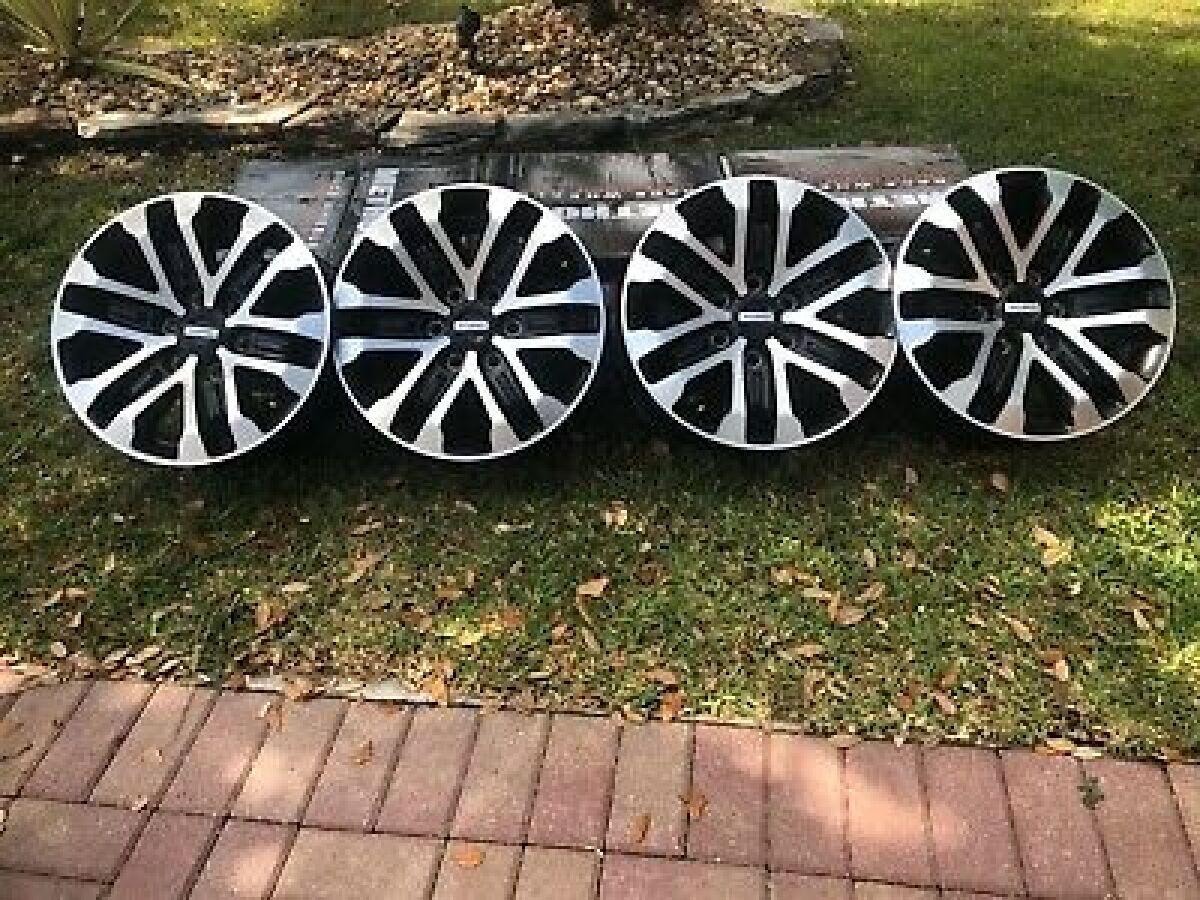 For Sale: OEM Raptor Wheels 2020 - photo0