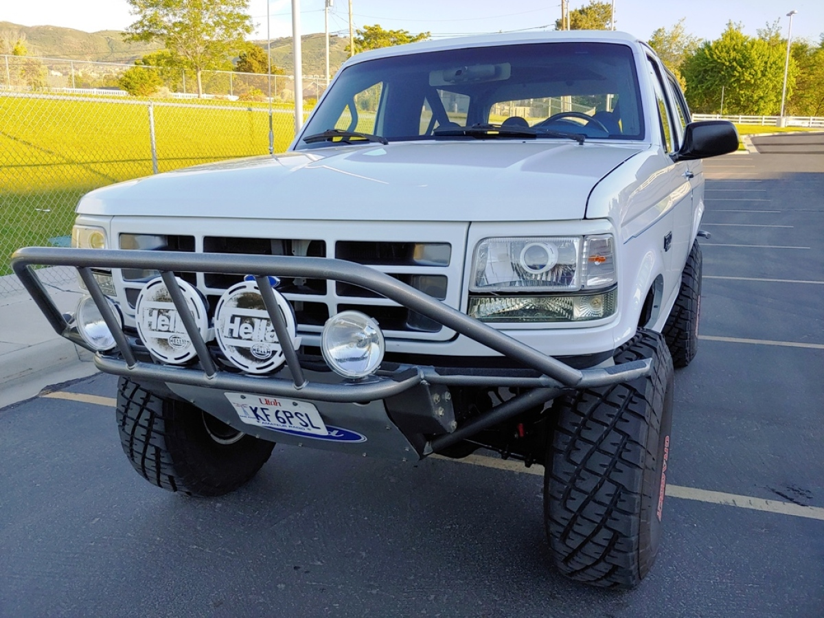 For Sale: 1996 Bronco XL Chase/Pre-Runner - photo1