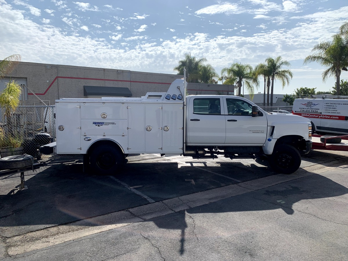 For Sale: 2019 Chevrolet 5500HD Crew Cab Chase Truck - 4x4 - photo0