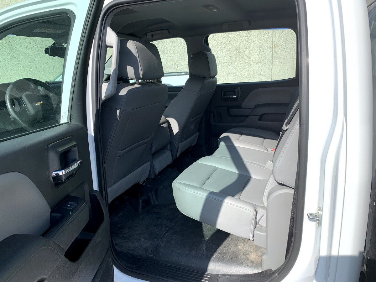 For Sale: 2019 Chevrolet 5500HD Crew Cab Chase Truck - 4x4 - photo4