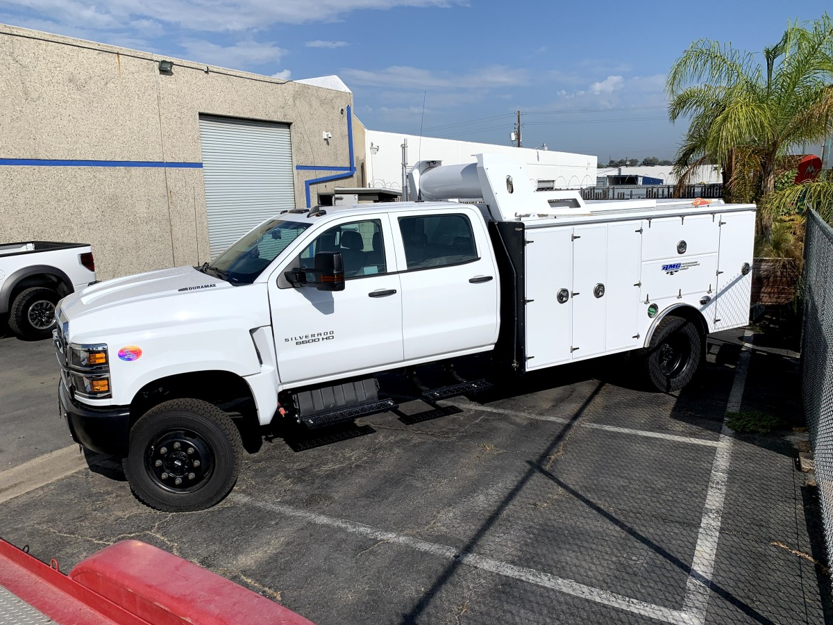 For Sale: 2019 Chevrolet 5500HD Crew Cab Chase Truck - 4x4 - photo2