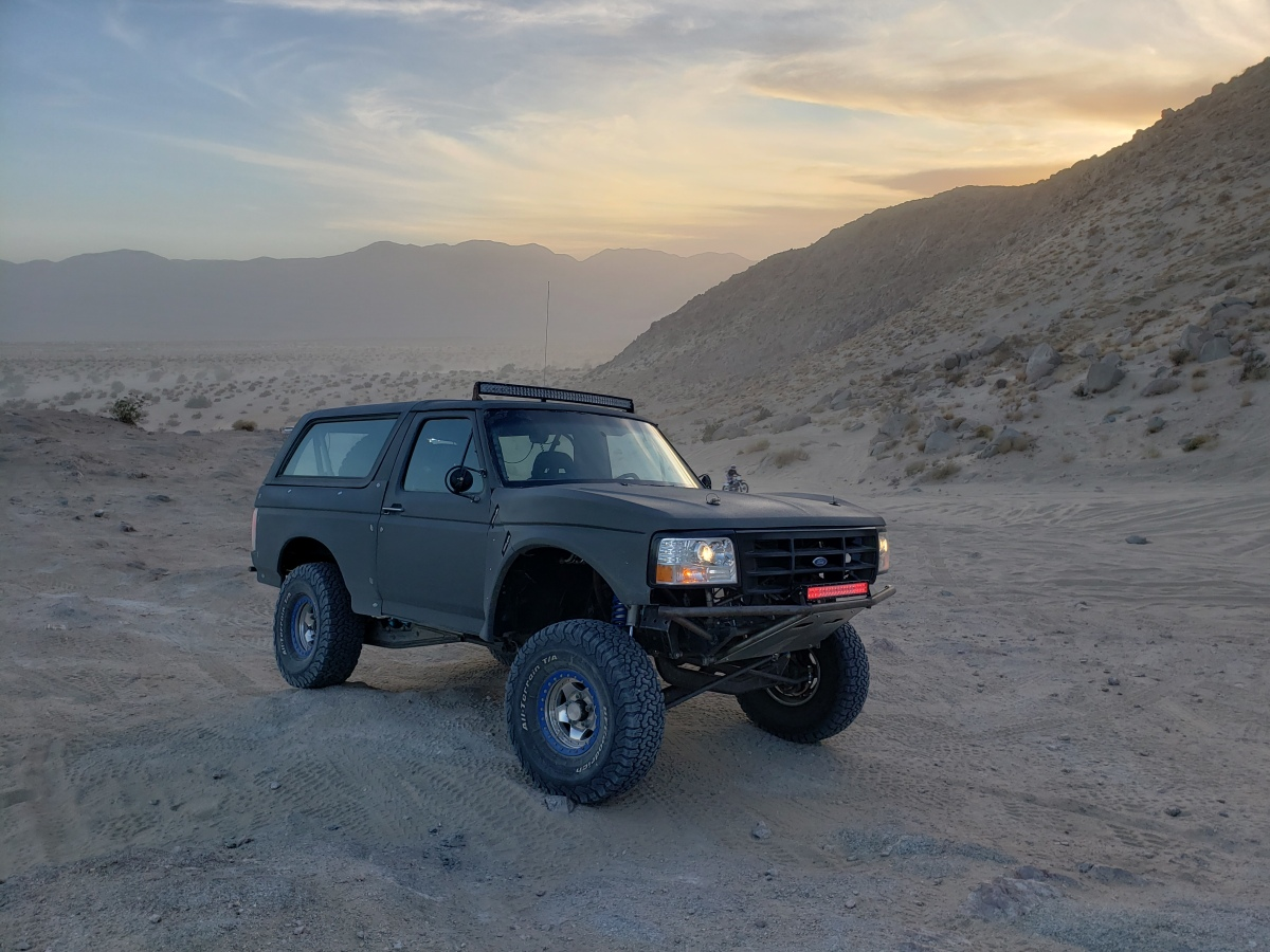 For Sale: 4-Seat, 4-Linked, Street Legal Bronco Prerunner - photo6