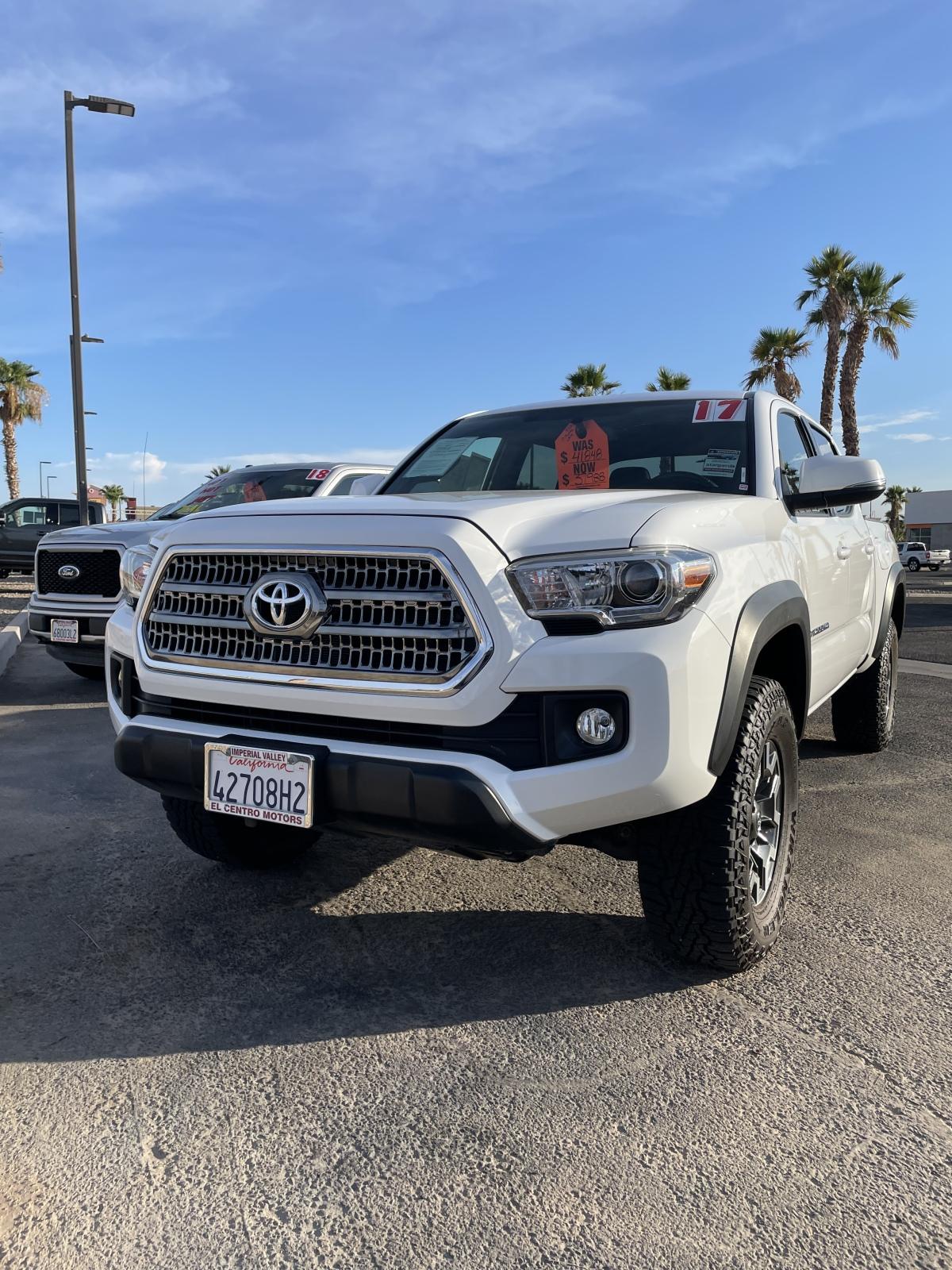 For Sale: 2017 Toyota Tacoma - photo0