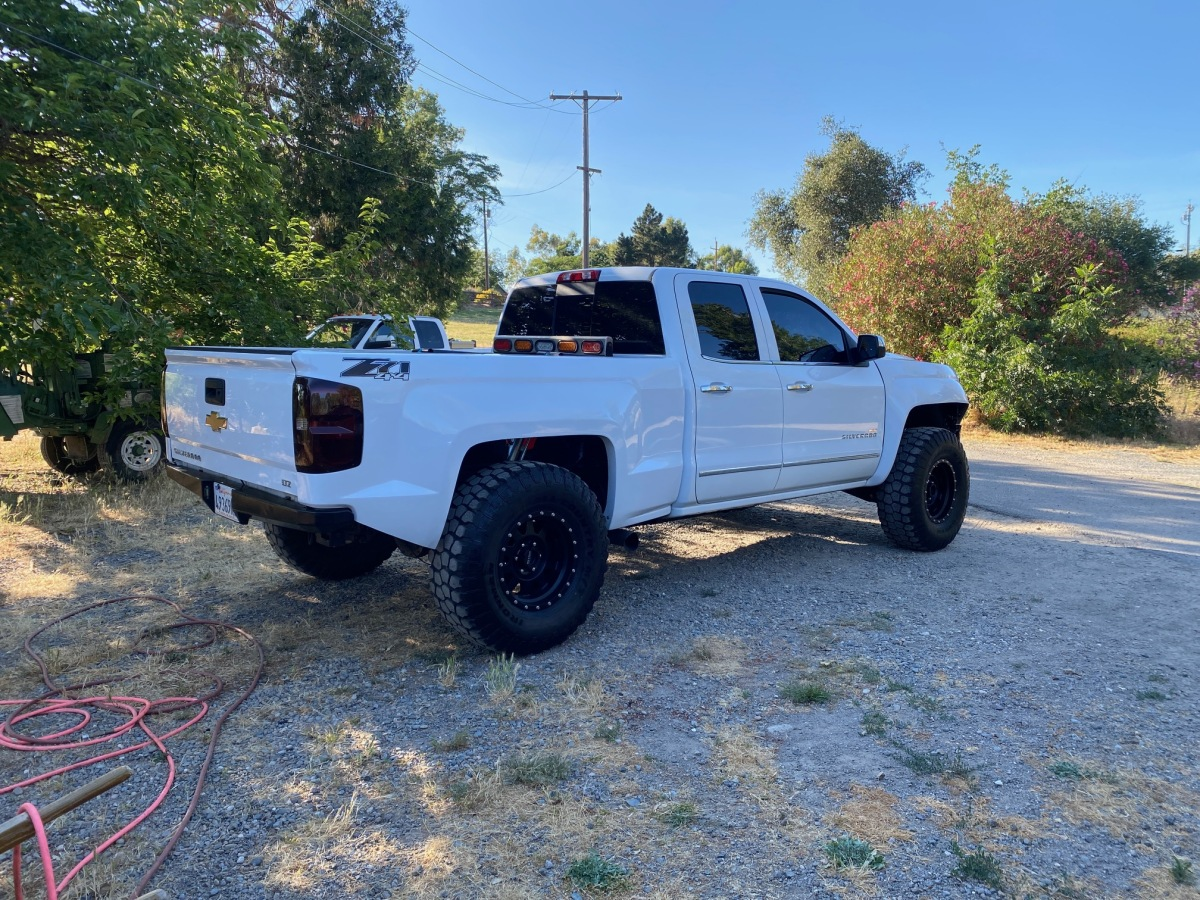 For Sale: 2017 Chevy 4x4 Prerunner - photo0