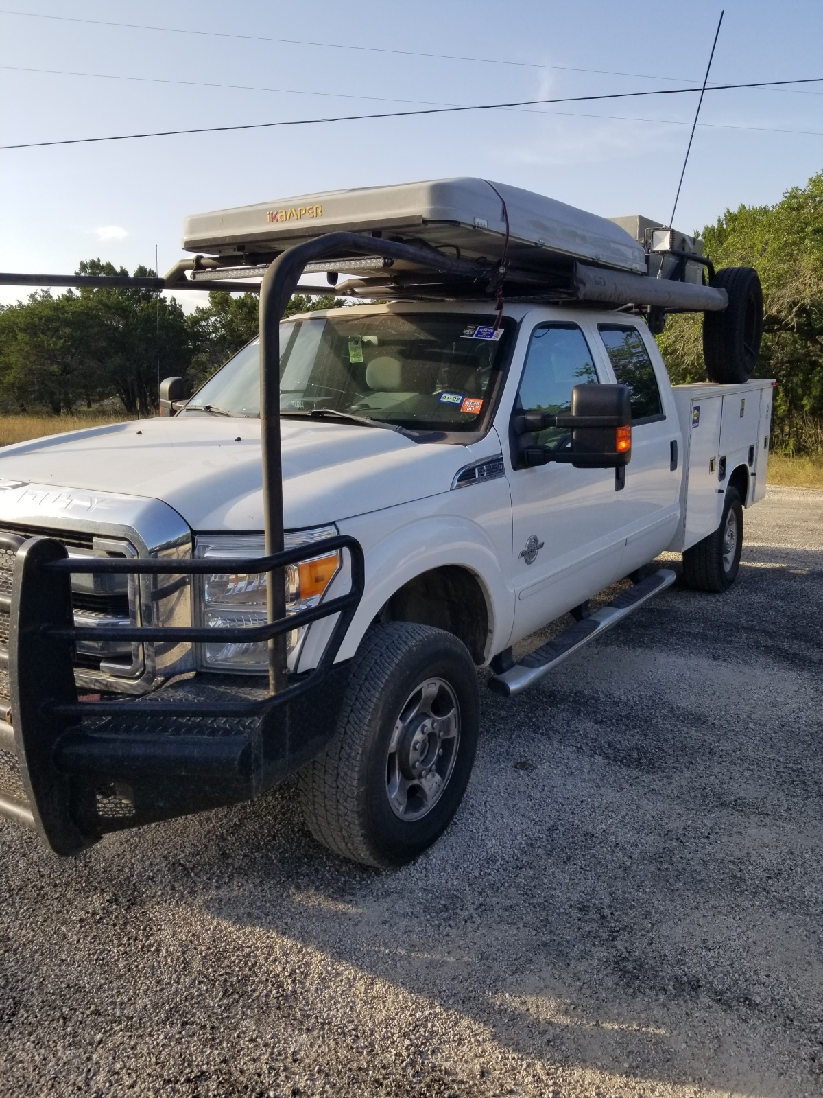 For Sale: Ford f350 diesel chase truck - photo1