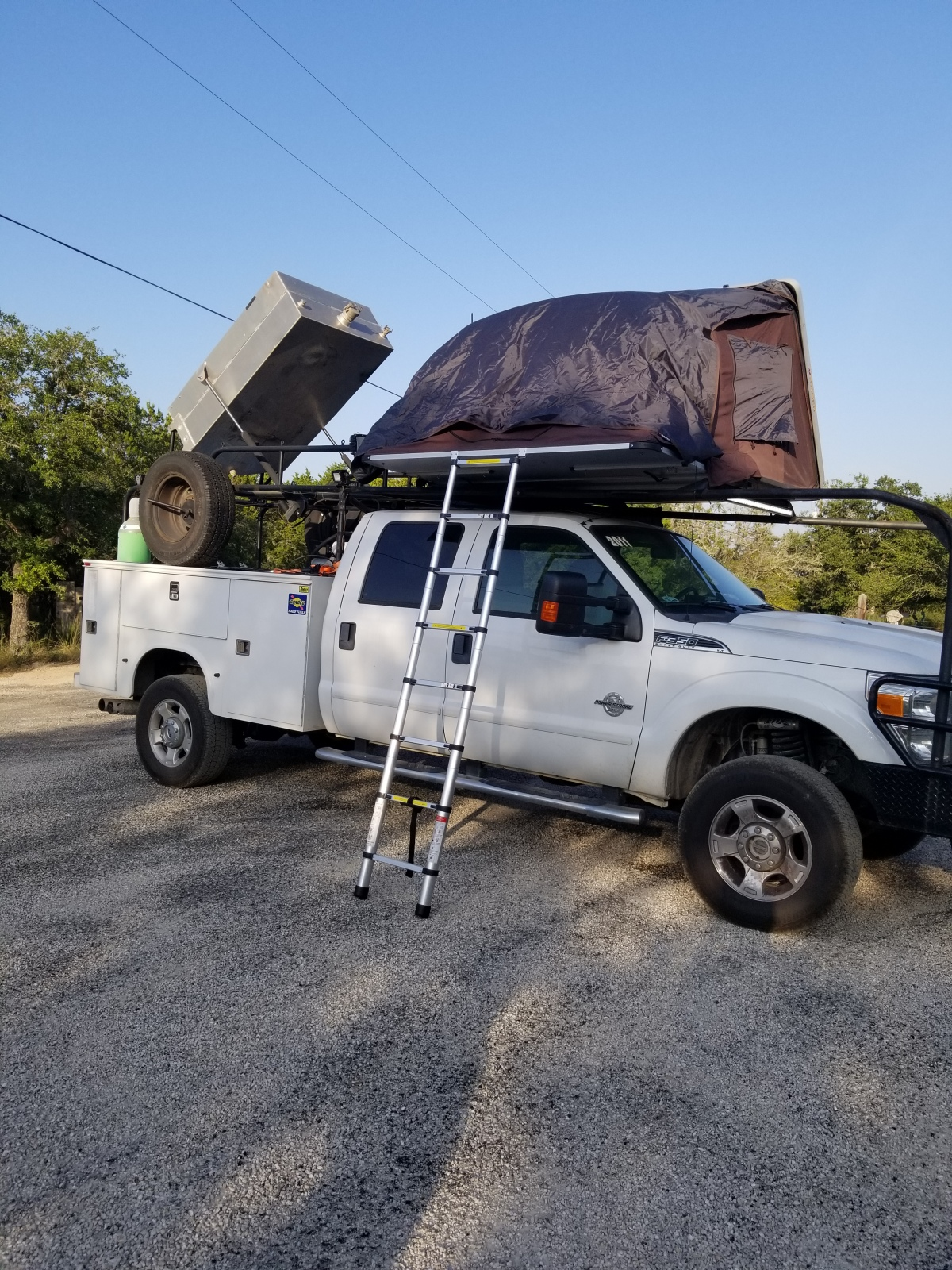 For Sale: Ford f350 diesel chase truck - photo0