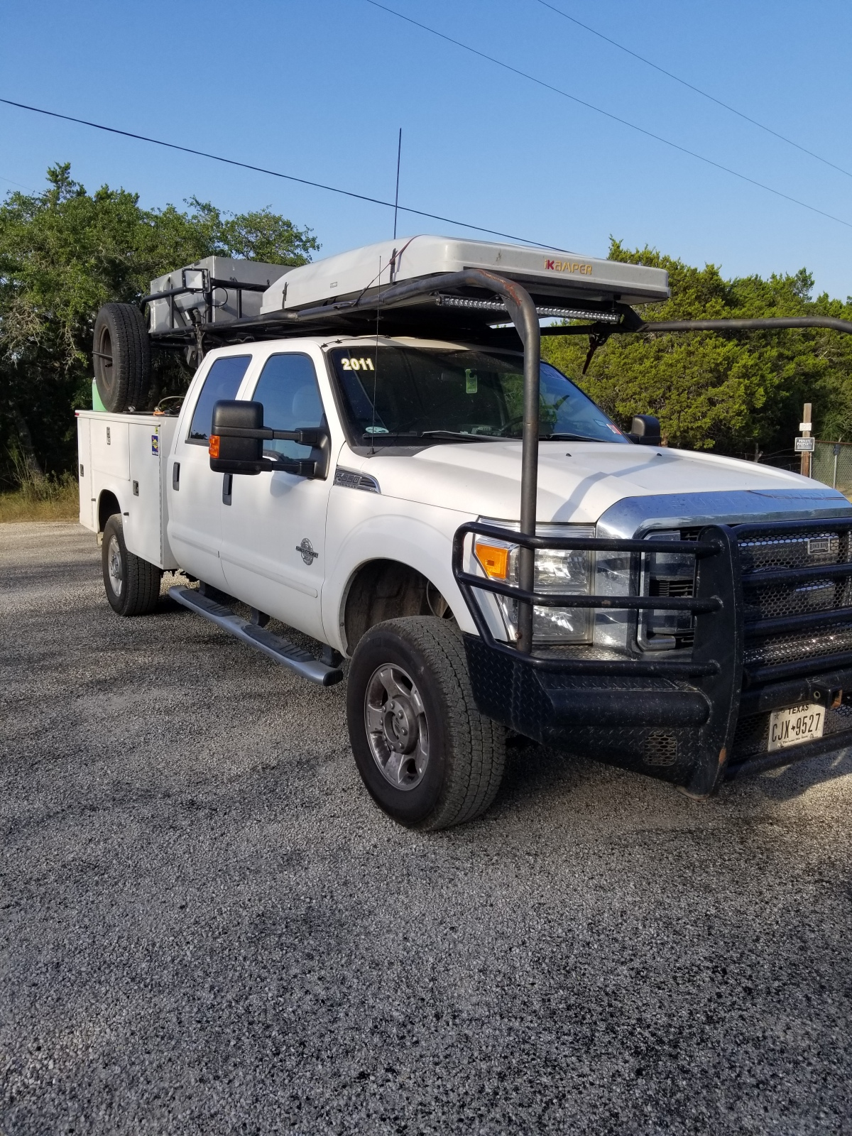 For Sale: Ford f350 diesel chase truck - photo2