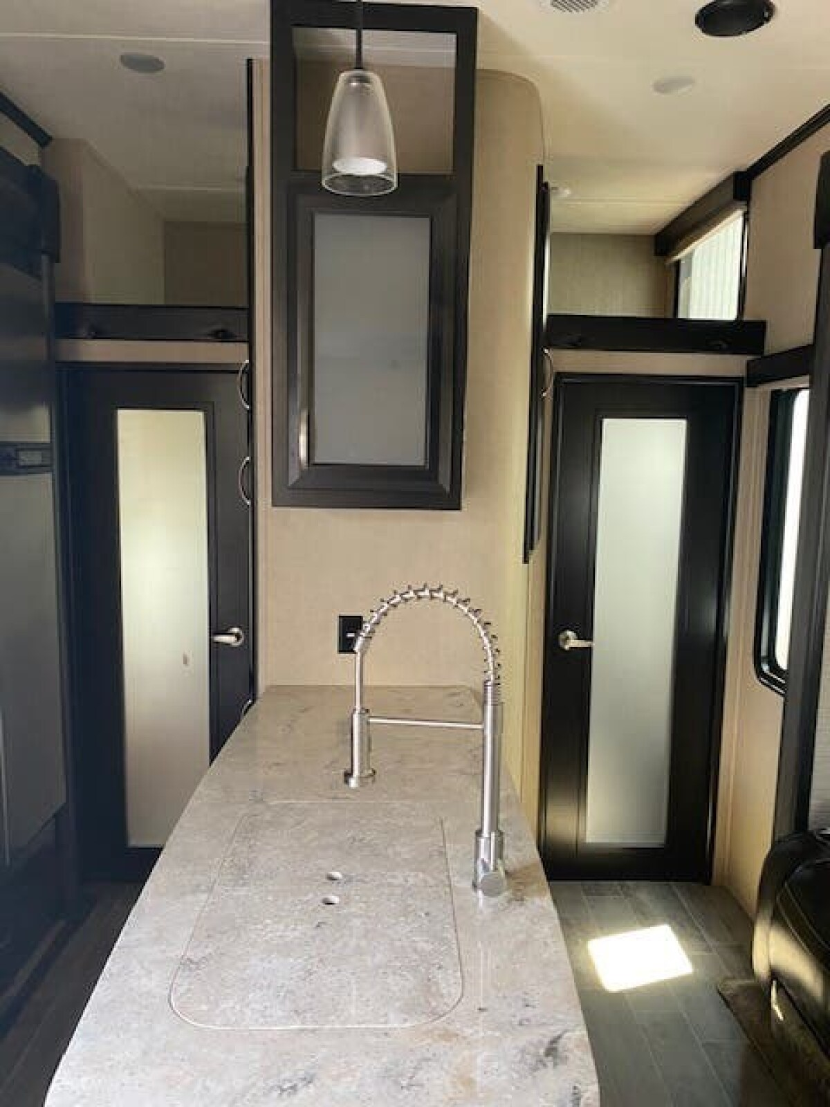 For Sale: 5TH WHEEL TOY HAULER 2018 VOLTAGE 39FT - photo48