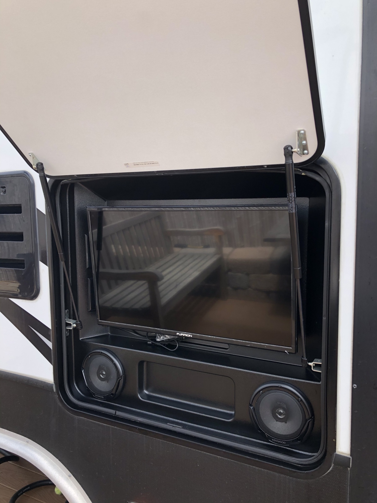 For Sale: 5TH WHEEL TOY HAULER 2018 VOLTAGE 39FT - photo36