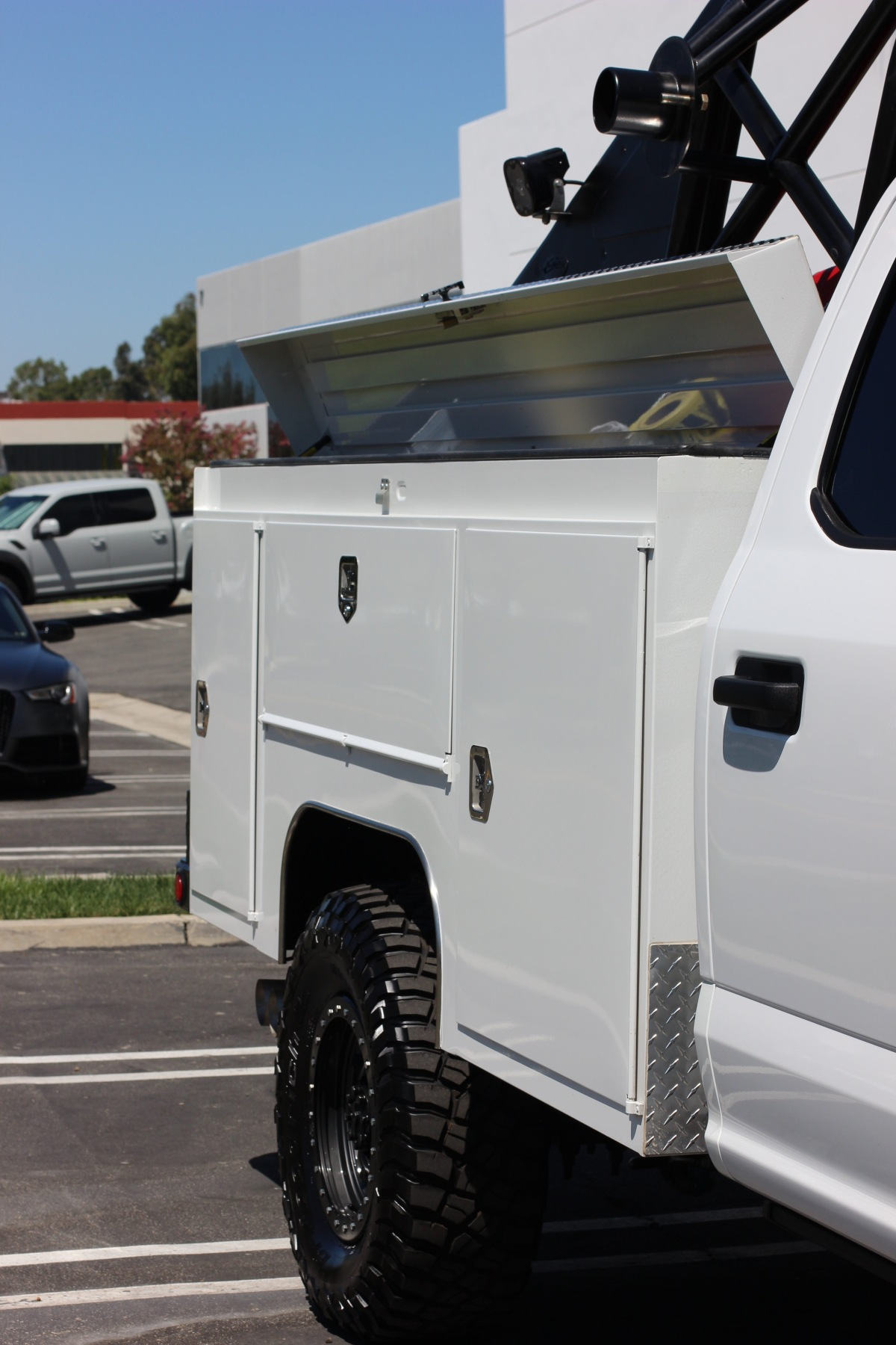 For Sale: 2019 Ford F-350 Chase Truck - photo5
