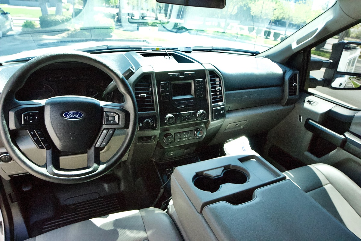 For Sale: 2019 Ford F-350 Chase Truck - photo12