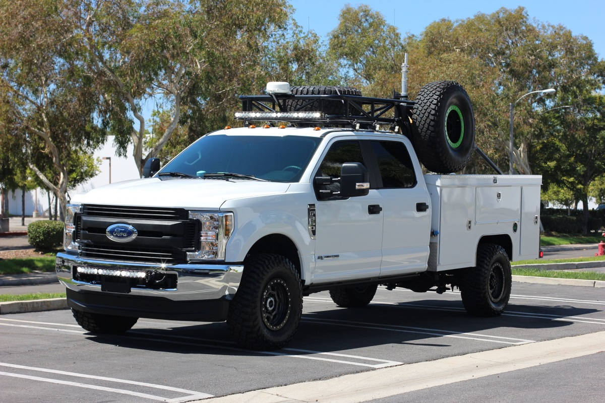 For Sale: 2019 Ford F-350 Chase Truck - photo0