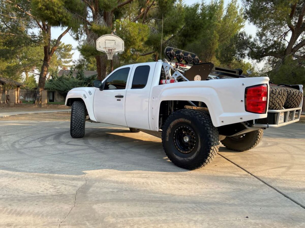 For Sale: Geiser Three Seat Chevrolet Luxury Prerunner - photo8