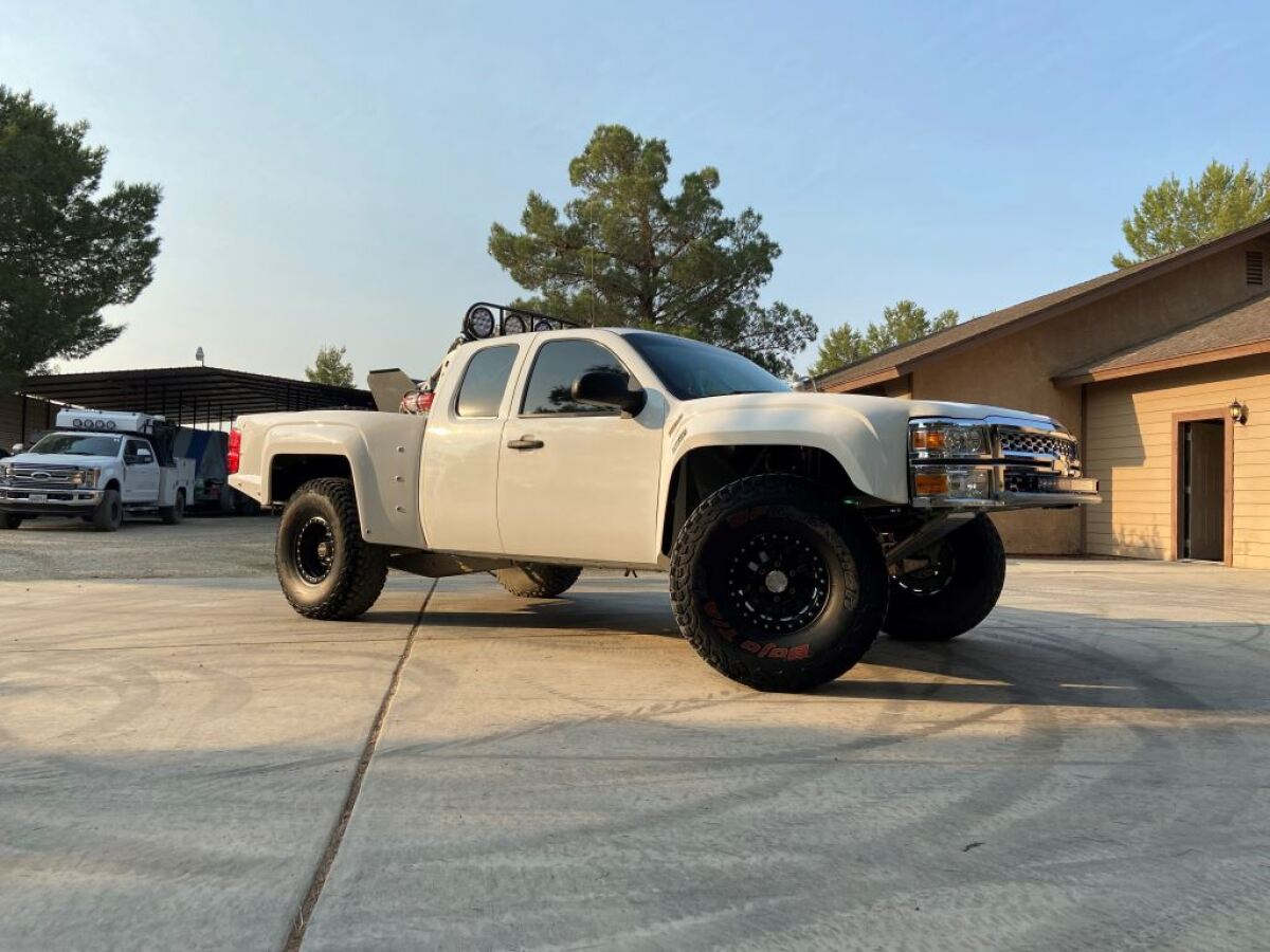 For Sale: Geiser Three Seat Chevrolet Luxury Prerunner - photo0