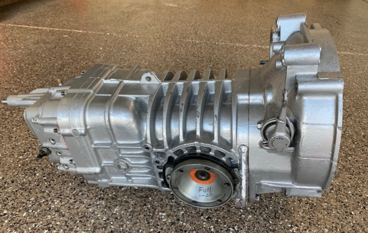 For Sale: VW 091 BUS Transaxle with Weddle Ring Pinion and Gears - photo0