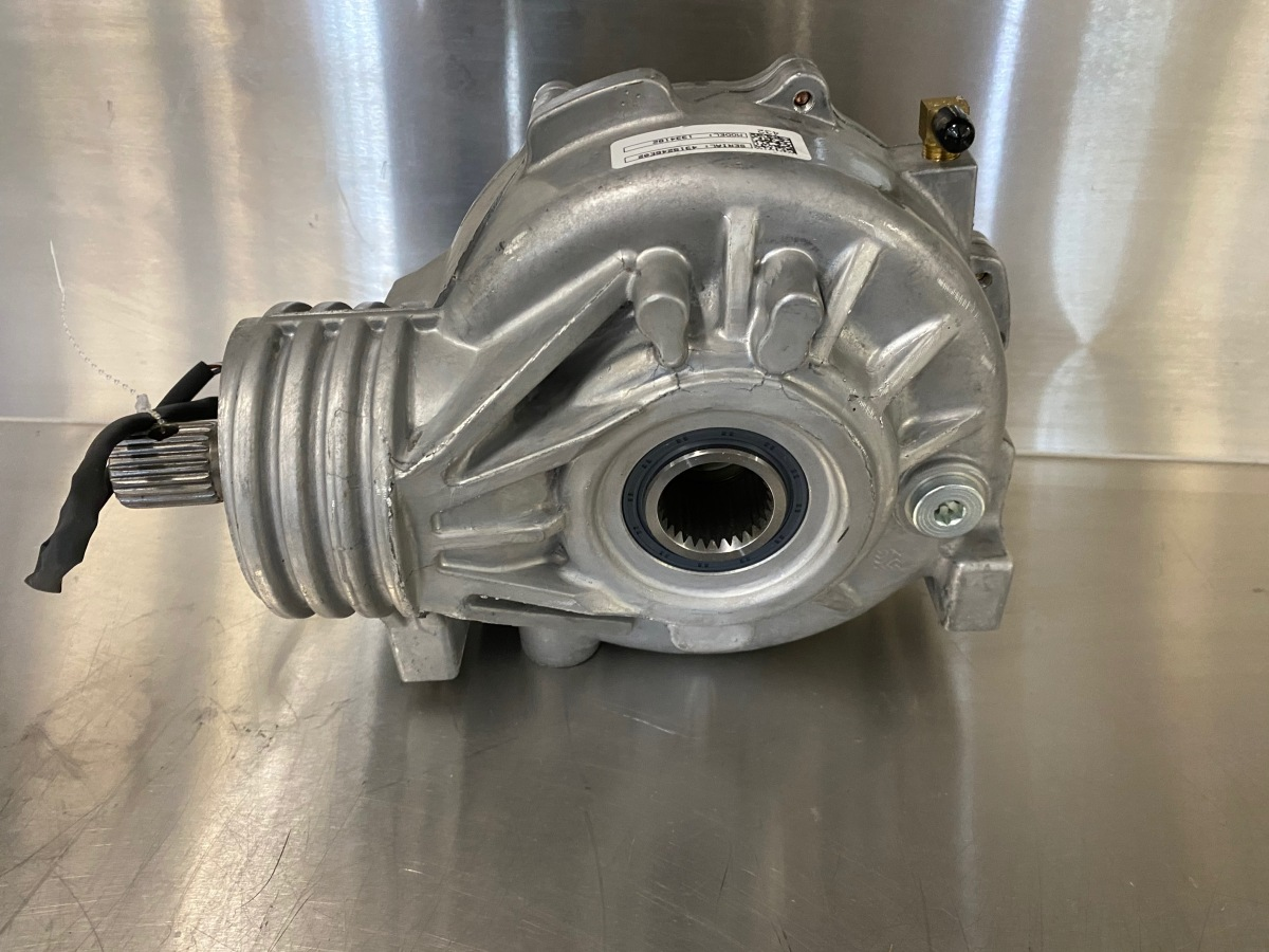 For Sale: Polaria Front Diff Part# 1334182 or 1334624 - photo0